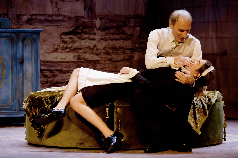 Eusebio Poncela y Pablo Rivero protagonizan la versión teatral de 'El Sirviente'